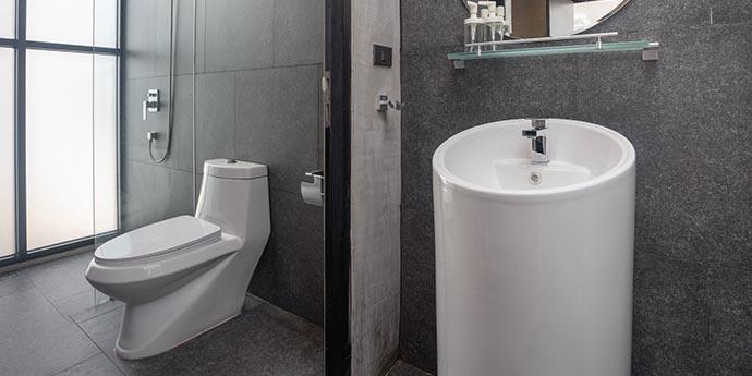 Como desentupir banheiro sem dificuldades?