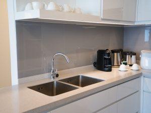 Mau cheiro no banheiro e na cozinha causas comuns para esse transtorno CORPO blog_opt