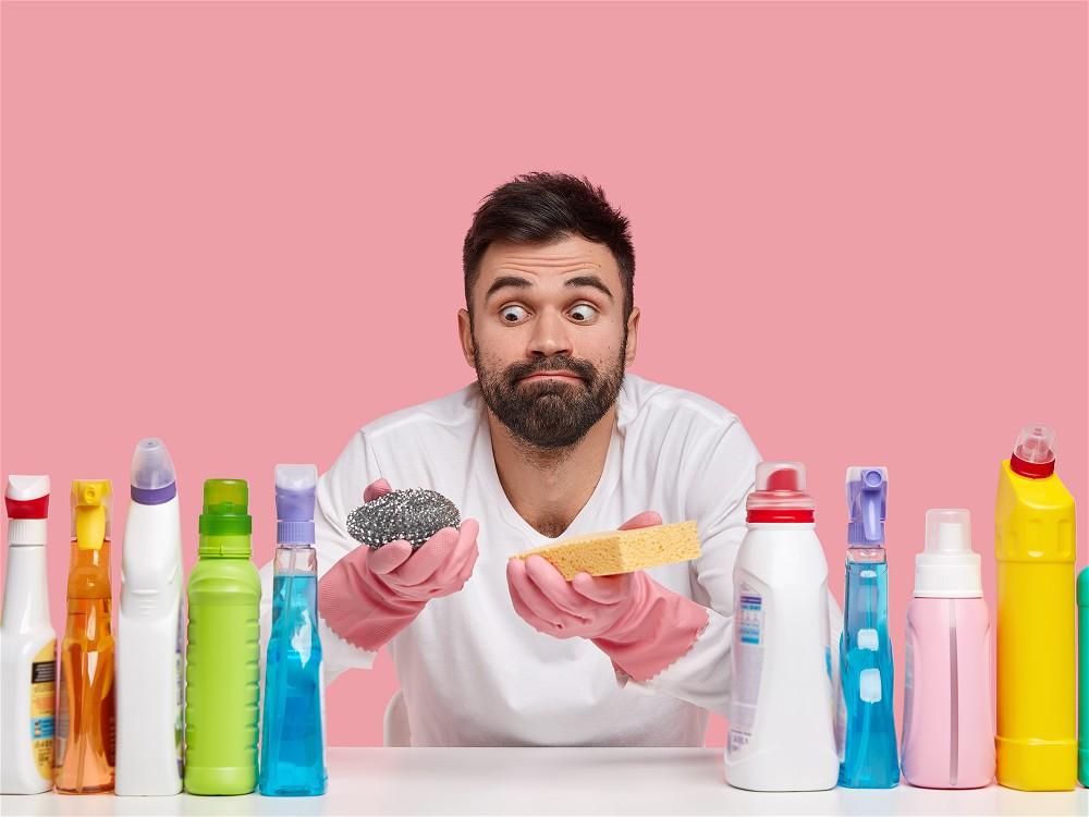 Vaso sanitário: aprenda a fazer uma limpeza rápida e eficaz